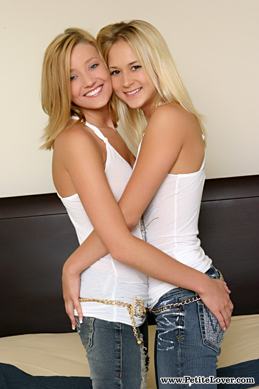 Blonde chick Paris Dahl invites her girlfriend to join her for lesbian fun